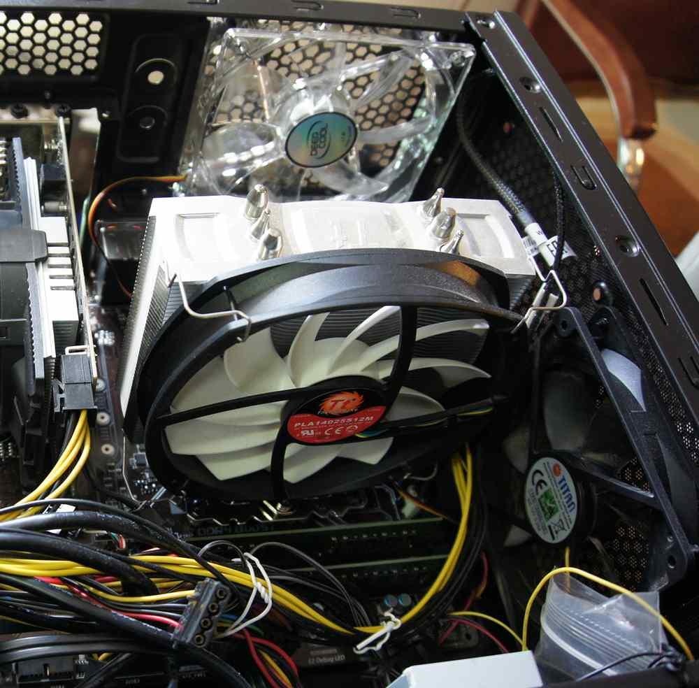Понравившиеся тихие кулеры на процессор.